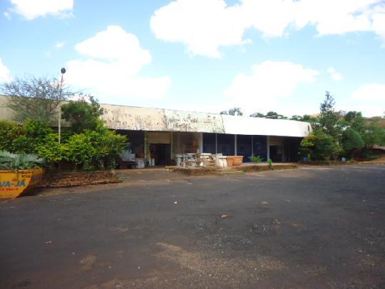 Ribeirao Preto Comercial Venda R$1.800.000,00 8 Dormitorios 8 Suites Area do terreno 2674.16m2 Area construida 409.24m2