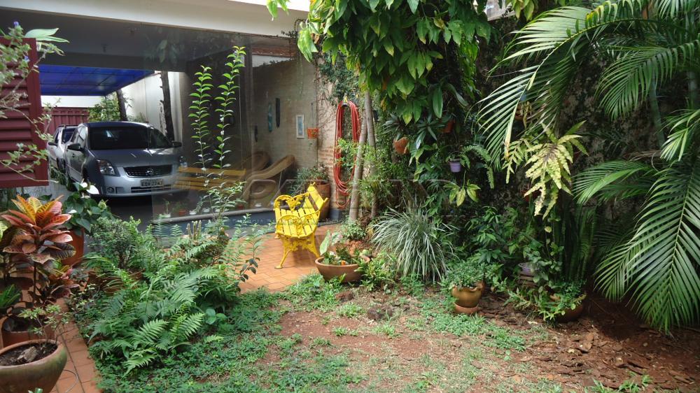 Alugar Casa / Padrão em Ribeirão Preto R$ 1.300,00 - Foto 2