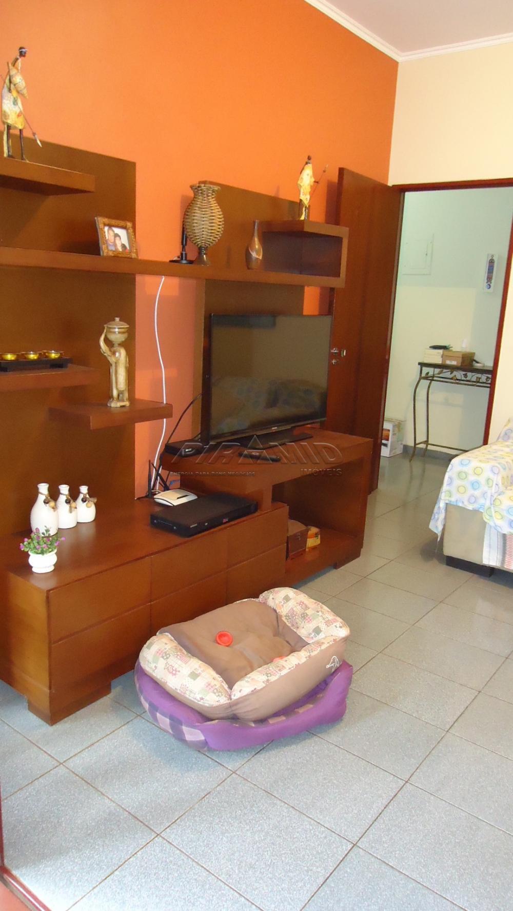 Alugar Casa / Padrão em Ribeirão Preto R$ 1.300,00 - Foto 5