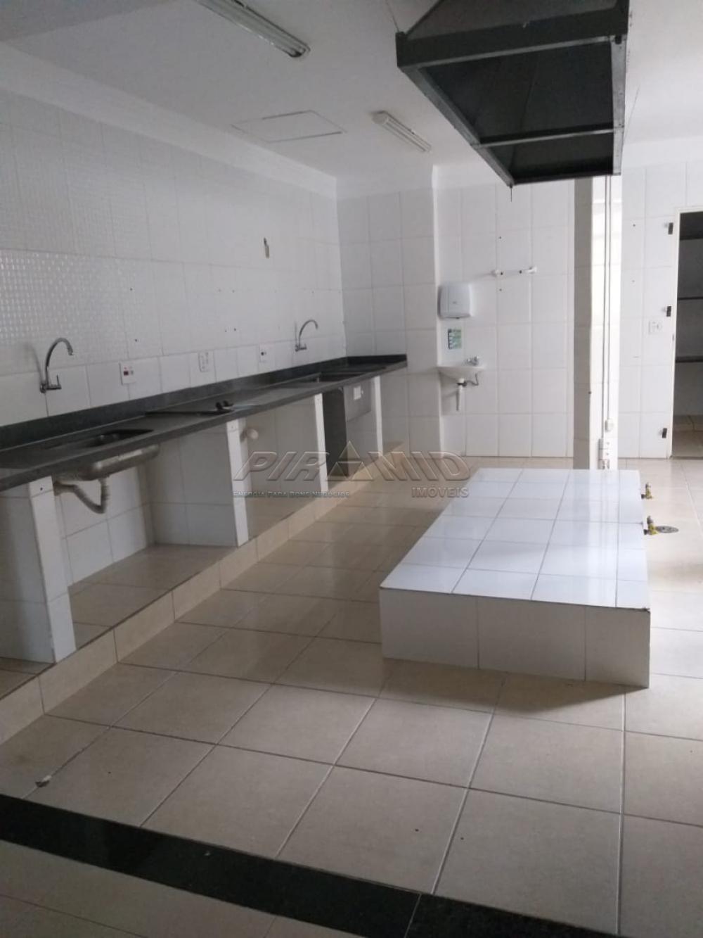 Alugar Comercial / Salão em Ribeirão Preto R$ 10.000,00 - Foto 15