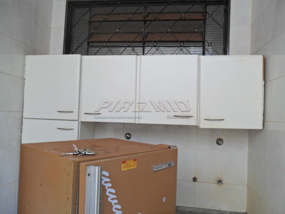 Alugar Casa / Padrão em Ribeirão Preto R$ 1.500,00 - Foto 13