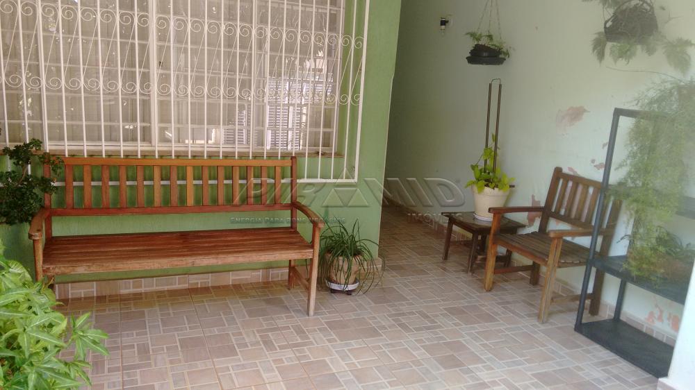 Alugar Casa / Padrão em Ribeirão Preto R$ 1.800,00 - Foto 2