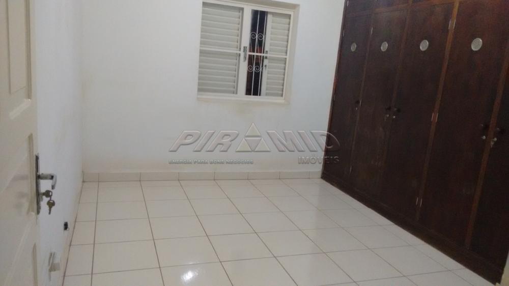 Alugar Casa / Padrão em Ribeirão Preto R$ 1.800,00 - Foto 5