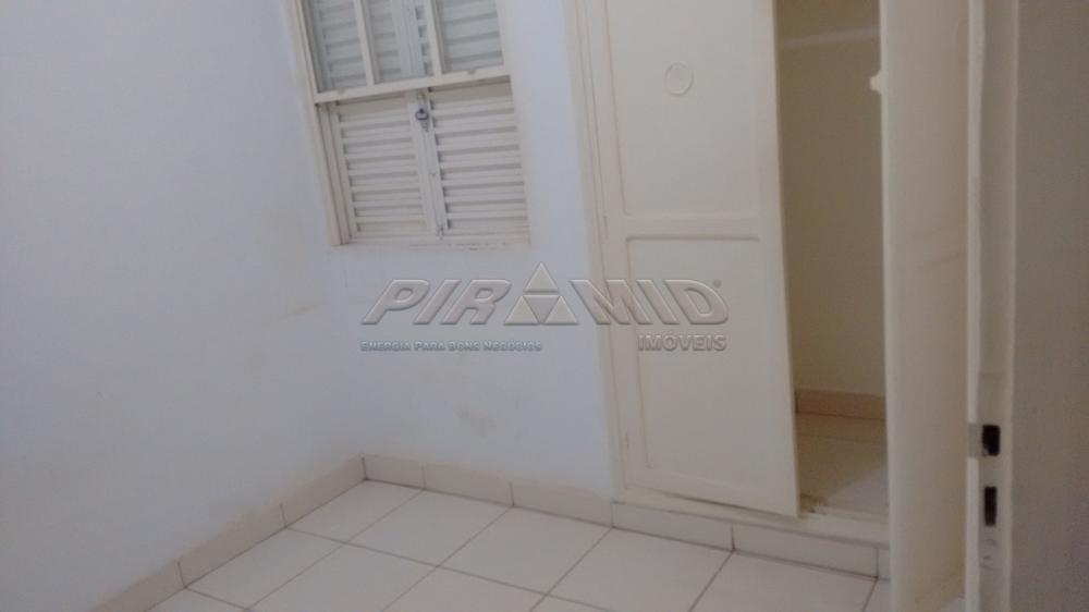 Alugar Casa / Padrão em Ribeirão Preto R$ 1.800,00 - Foto 9