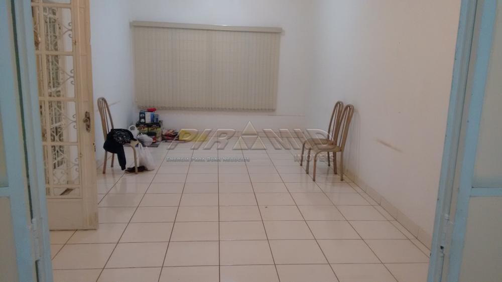 Alugar Casa / Padrão em Ribeirão Preto R$ 1.800,00 - Foto 13