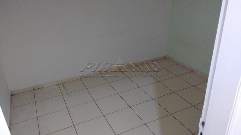Alugar Casa / Padrão em Ribeirão Preto R$ 1.800,00 - Foto 15
