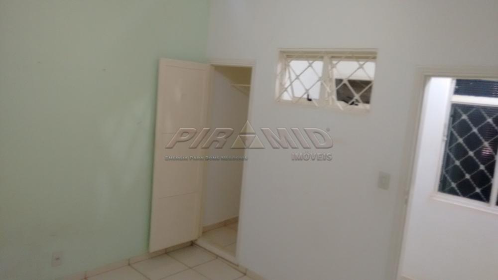 Alugar Casa / Padrão em Ribeirão Preto R$ 1.800,00 - Foto 16