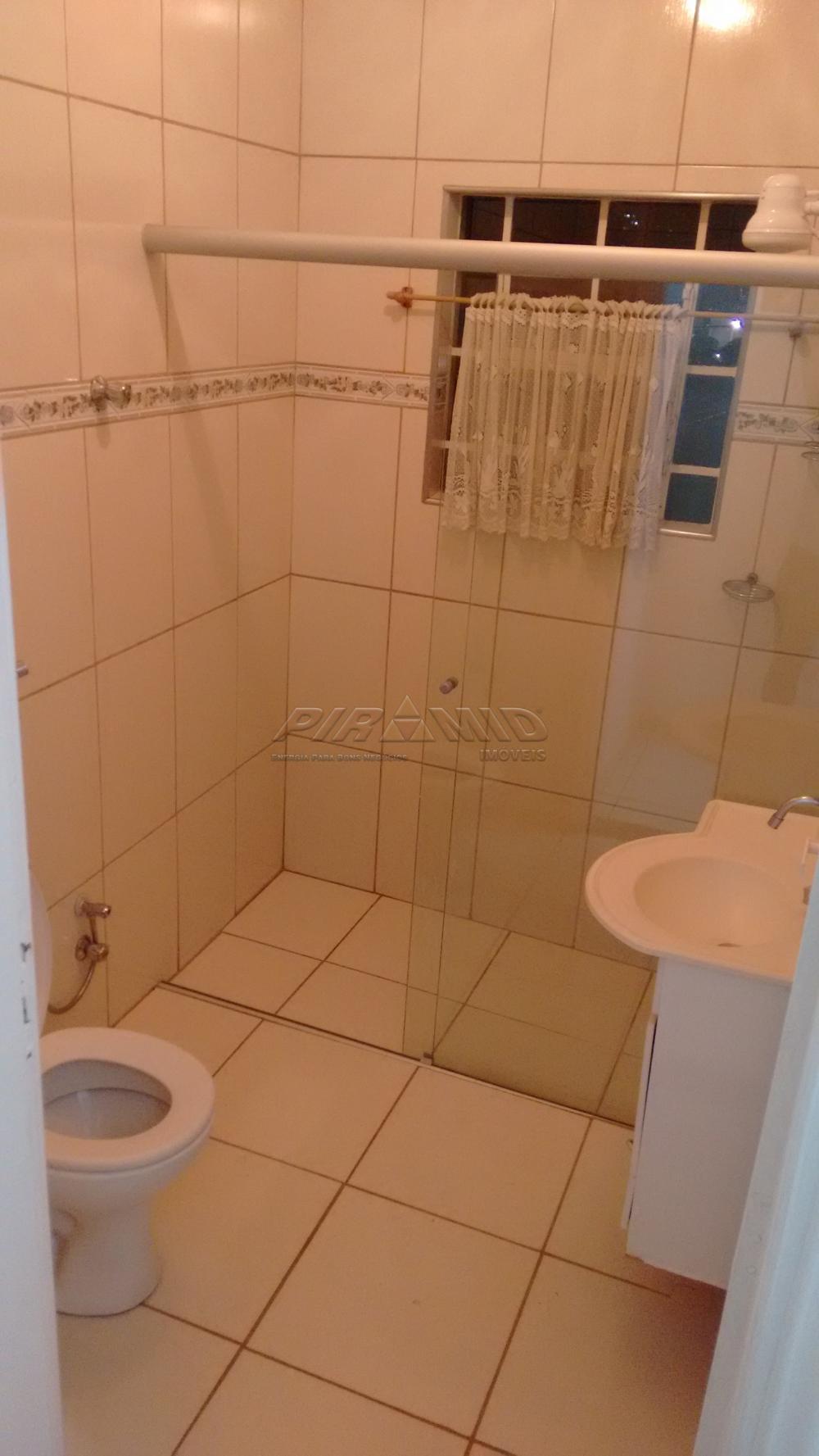 Alugar Casa / Padrão em Ribeirão Preto R$ 1.800,00 - Foto 17