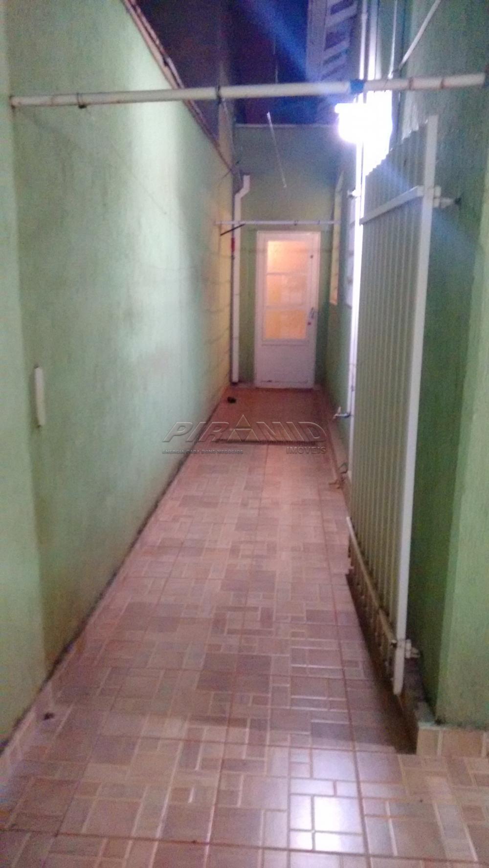 Alugar Casa / Padrão em Ribeirão Preto R$ 1.800,00 - Foto 28