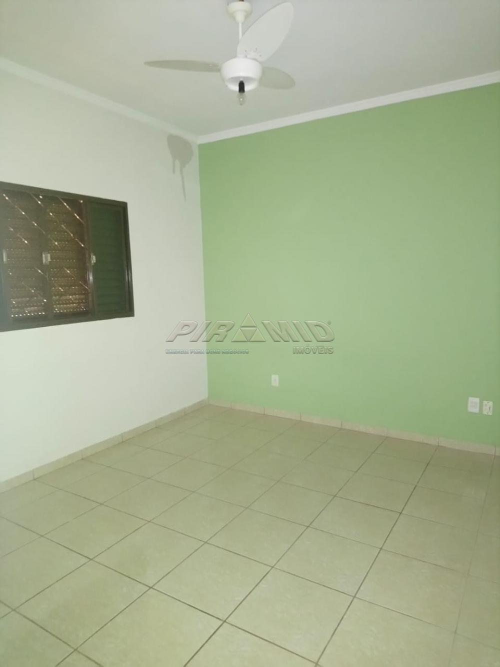 Alugar Casa / Padrão em Ribeirão Preto R$ 1.100,00 - Foto 5