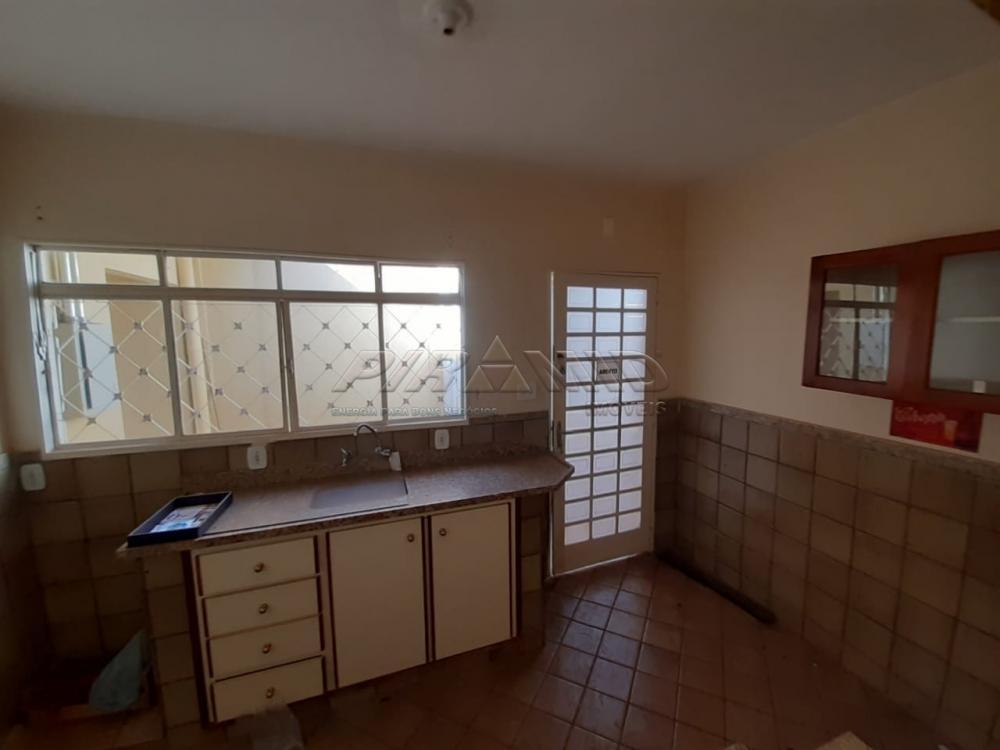 Alugar Casa / Padrão em Ribeirão Preto R$ 2.900,00 - Foto 14