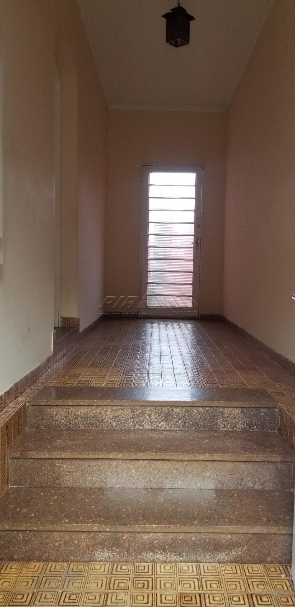 Alugar Casa / Padrão em Ribeirão Preto R$ 1.500,00 - Foto 2