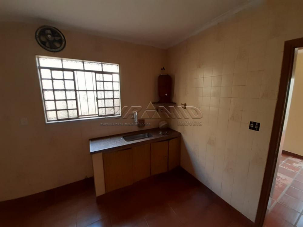 Alugar Casa / Padrão em Ribeirão Preto R$ 900,00 - Foto 10