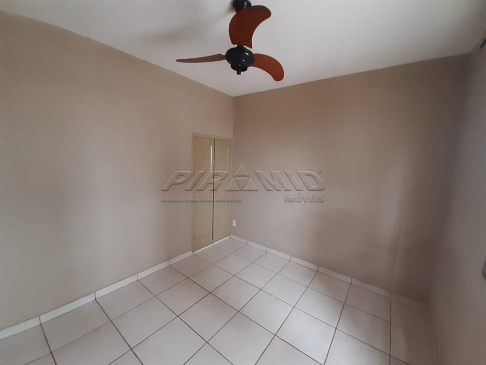 Alugar Casa / Padrão em Ribeirão Preto R$ 800,00 - Foto 8