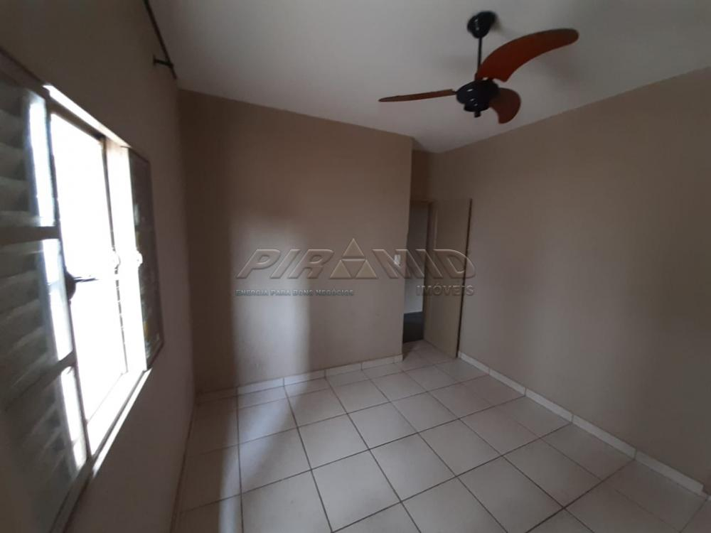 Alugar Casa / Padrão em Ribeirão Preto R$ 800,00 - Foto 9