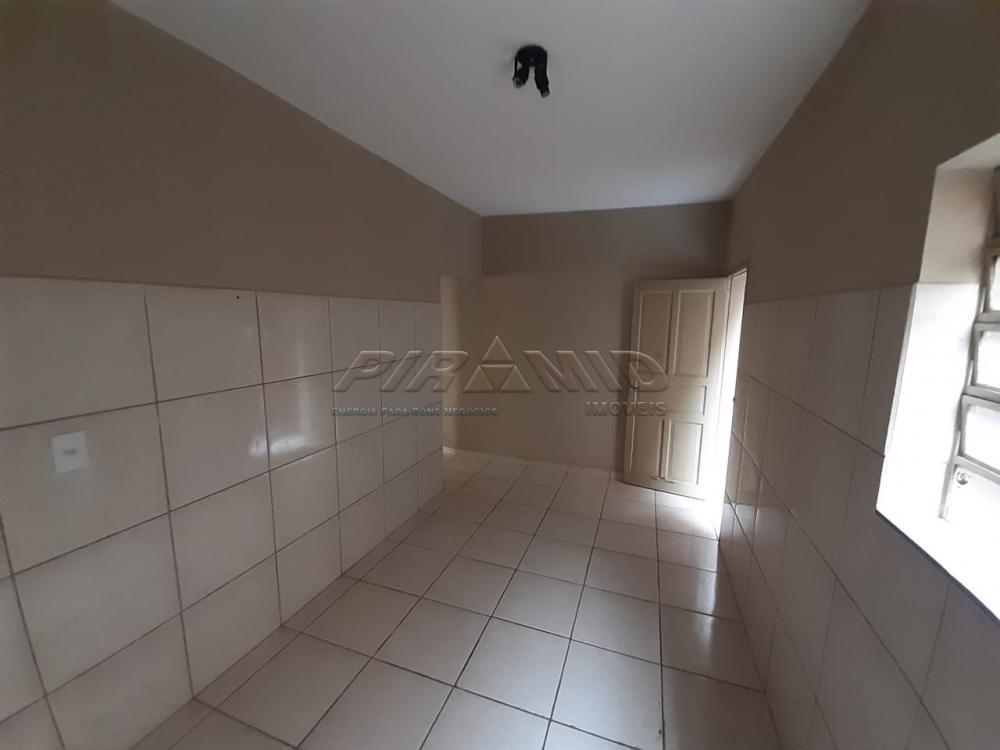 Alugar Casa / Padrão em Ribeirão Preto R$ 800,00 - Foto 11