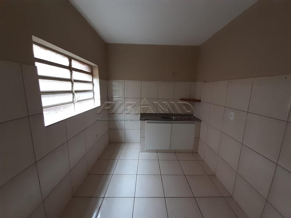Alugar Casa / Padrão em Ribeirão Preto R$ 800,00 - Foto 10