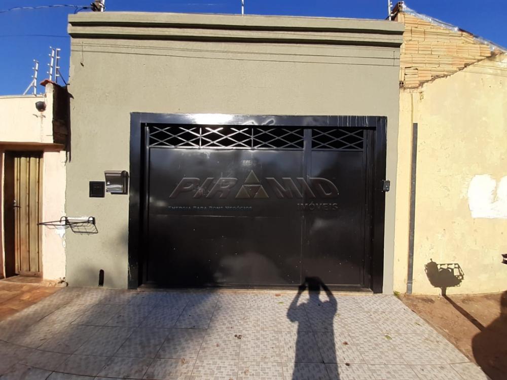 Alugar Casa / Padrão em Ribeirão Preto R$ 950,00 - Foto 1