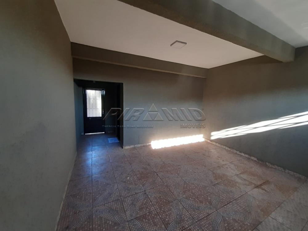 Alugar Casa / Padrão em Ribeirão Preto R$ 950,00 - Foto 3