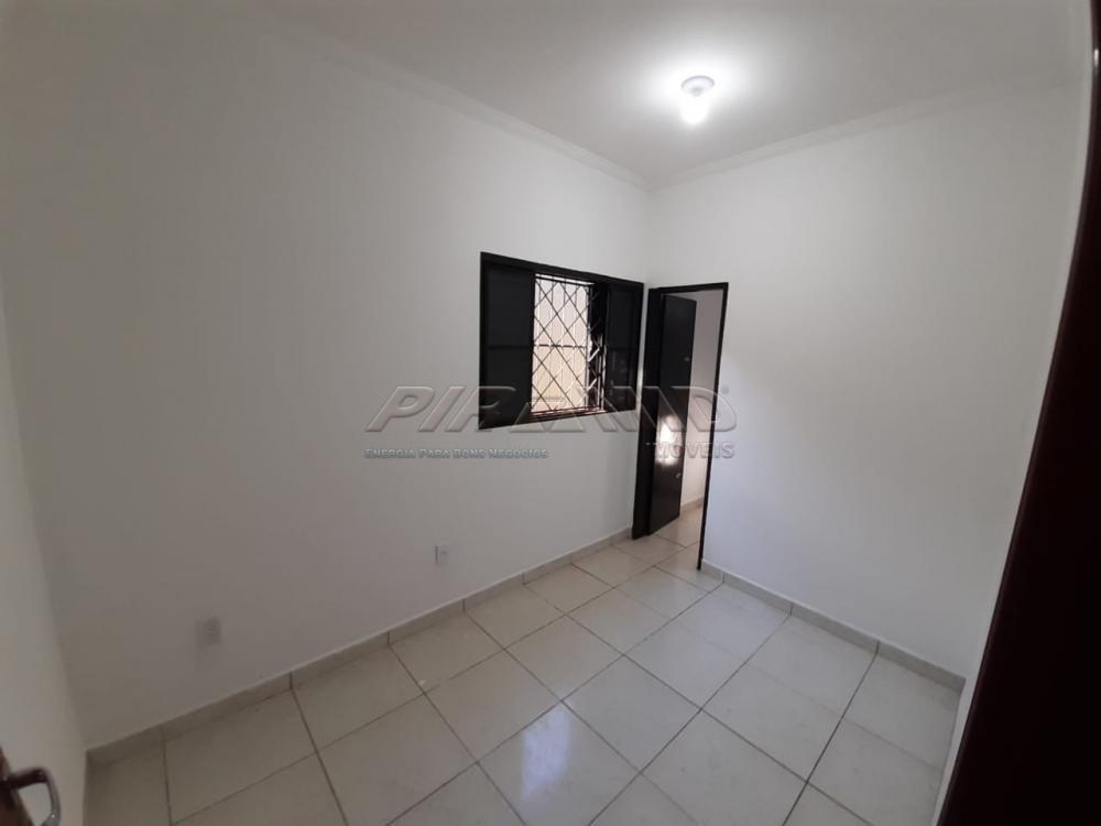 Alugar Casa / Padrão em Ribeirão Preto R$ 950,00 - Foto 7