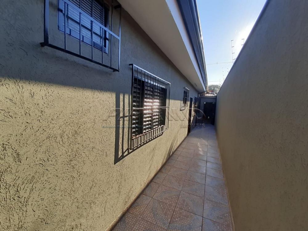 Alugar Casa / Padrão em Ribeirão Preto R$ 950,00 - Foto 14
