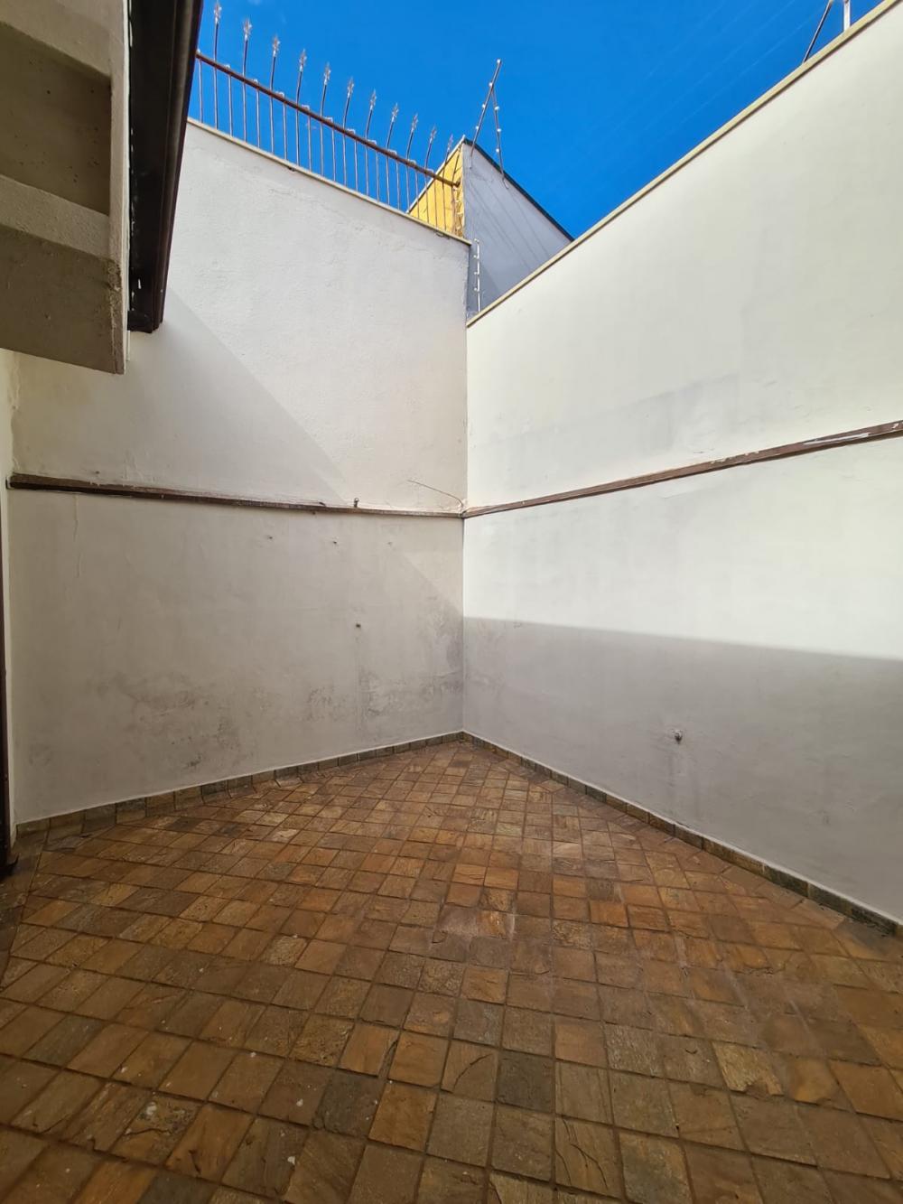 Alugar Casa / Padrão em Ribeirão Preto R$ 1.600,00 - Foto 18