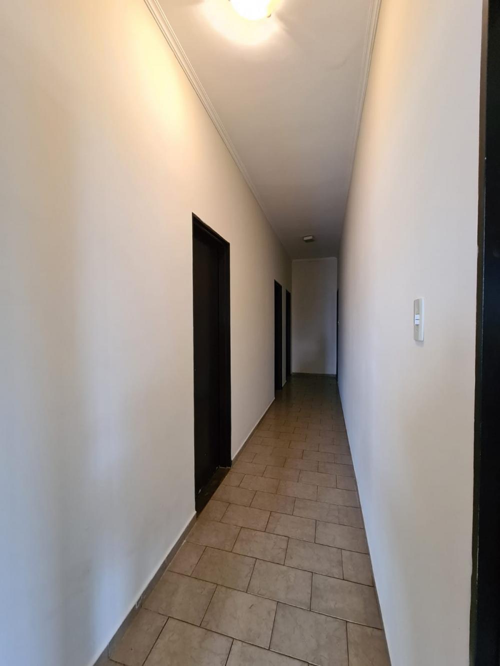 Alugar Casa / Padrão em Ribeirão Preto R$ 1.600,00 - Foto 21