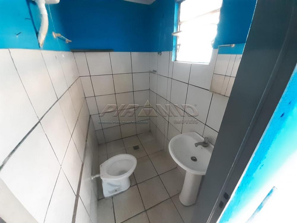 Alugar Casa / Padrão em Ribeirão Preto R$ 700,00 - Foto 9
