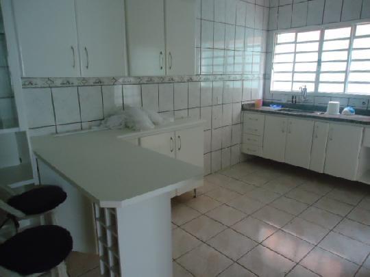 Alugar Casa / Padrão em Ribeirão Preto apenas R$ 2.400,00 - Foto 3