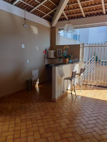Alugar Apartamento / Padrão em Ribeirão Preto R$ 1.250,00 - Foto 18