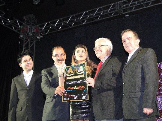 Galeria de fotos de Piramid Imóveis - Vencedora Top Of Mind  2.012 nas duas categorias, pelo 6ª ano consecutivo.
