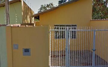 Casa / Padrão em Ribeirão Preto Alugar por R$900,00
