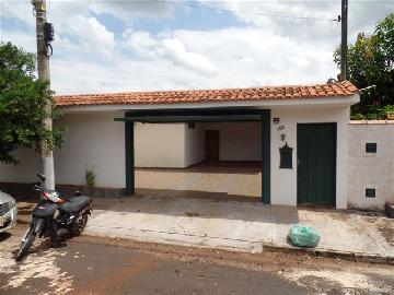 Alugar Casa / Padrão em Ribeirão Preto. apenas R$ 2.300,00