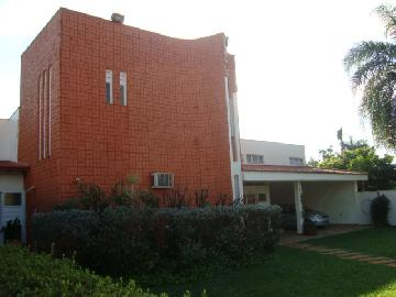 Alugar Casa / Padrão em Ribeirão Preto. apenas R$ 2.000.000,00