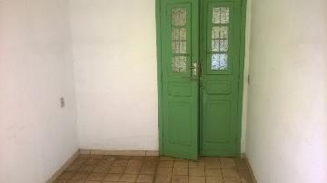 Alugar Apartamento / Padrão em Ribeirão Preto. apenas R$ 490,00