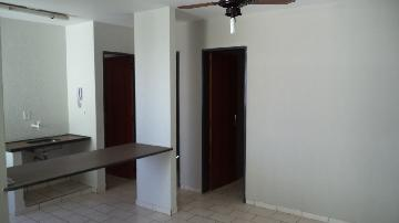 Apartamento / Padrão em Ribeirão Preto Alugar por R$450,00