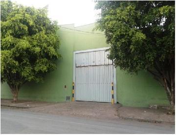 Alugar Comercial / Salão em Ribeirão Preto. apenas R$ 1.200.000,00