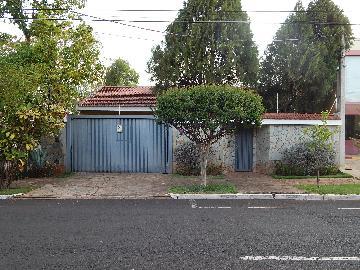 Casa / Padrão em Ribeirão Preto Alugar por R$3.800,00