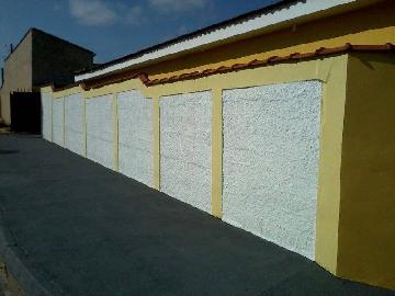 Alugar Casa / Padrão em Jardinópolis. apenas R$ 700,00