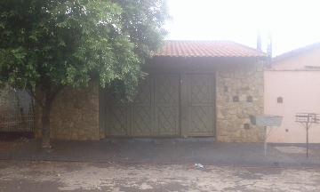 Alugar Casa / Padrão em Ribeirão Preto. apenas R$ 230.000,00