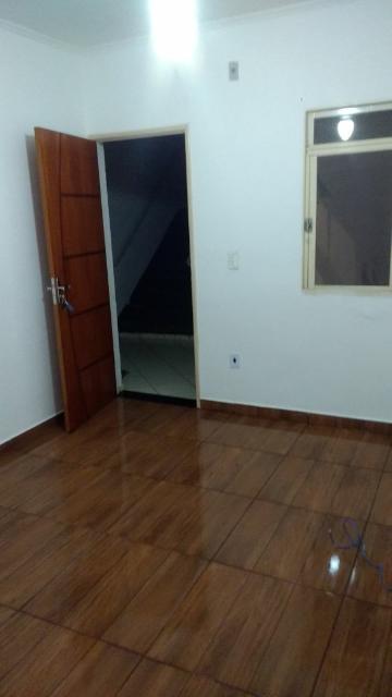 Apartamento / Padrão em Ribeirão Preto Alugar por R$860,00