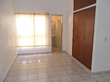 Alugar Apartamento / Kitchnet em Ribeirão Preto. apenas R$ 600,00