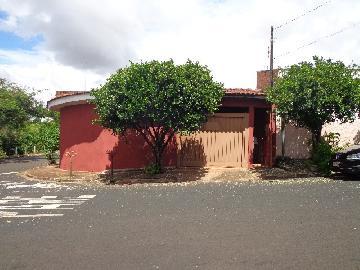 Alugar Casa / Padrão em Ribeirão Preto. apenas R$ 1.200,00
