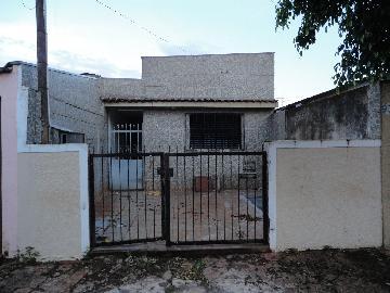 Alugar Casa / Padrão em Ribeirão Preto. apenas R$ 750,00