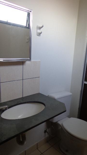 Alugar Apartamento / Padrão em Ribeirão Preto R$ 540,00 - Foto 10