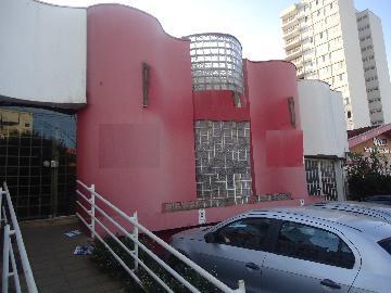 Casa / Padrão em Ribeirão Preto Alugar por R$3.500,00