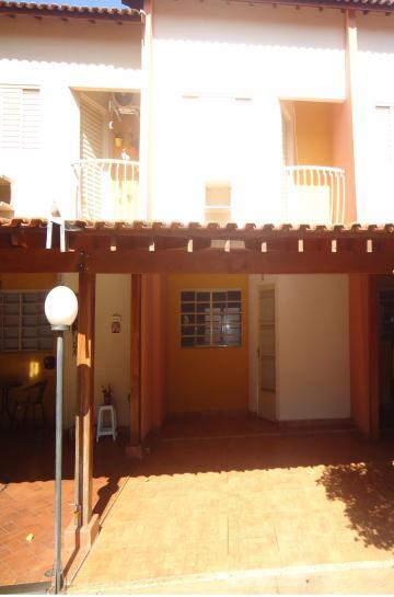 Casa / Condomínio em Ribeirão Preto Alugar por R$850,00