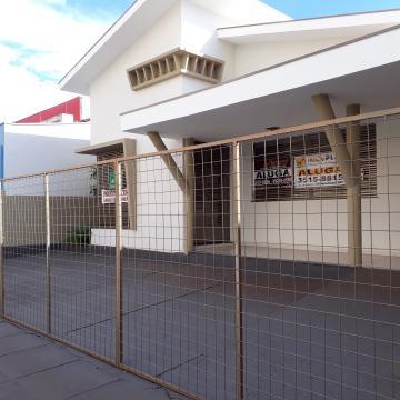 Alugar Casa / Padrão em Ribeirão Preto. apenas R$ 3.500,00