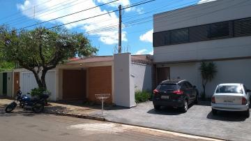 Alugar Casa / Padrão em Ribeirão Preto. apenas R$ 520.000,00