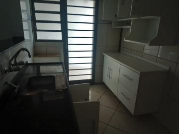 Alugar Casa / Padrão em Ribeirão Preto R$ 1.100,00 - Foto 13